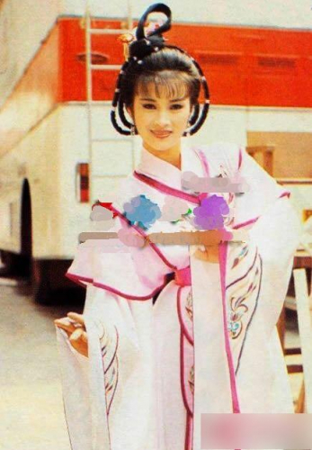 """""""Bằng chứng thép 4"""" trên TVB: Hoa hậu Châu Á đóng Tây Thi, bị chồng đánh đập đến mức kiện ra tòa gây sốt  - Ảnh 7."""