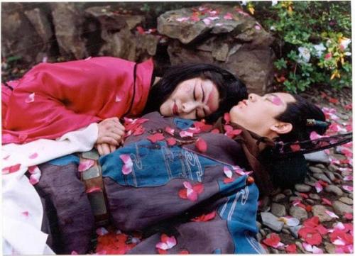 Hai mối tình kinh thiên động địa gây nhức nhối nhất trong tiểu thuyết Kim Dung