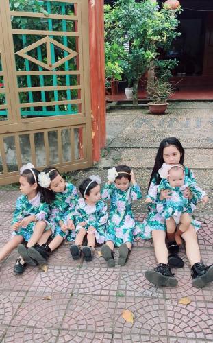 Ghen tị với bà mẹ 35 tuổi có 6 con gái vẫn trẻ xinh như gái son, đi xe tiền tỷ, kiếm chơi chơi hơn trăm triệu/tháng - Ảnh 7.