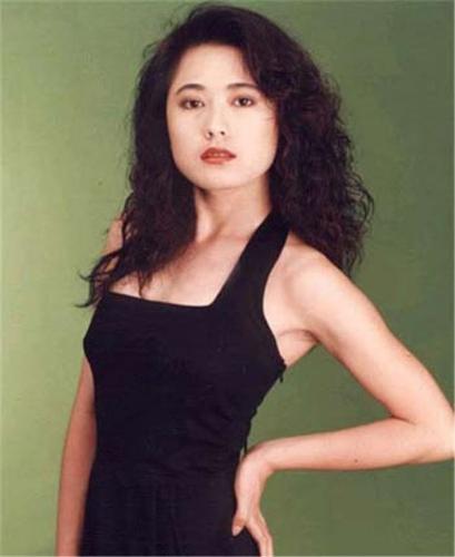 """""""Mỹ nhân đẹp nhất Đài Loan"""" Qua Vỹ Như: Từng hai lần gả vào hào môn nhưng ở tuổi 54 vẫn độc thân - Ảnh 1."""