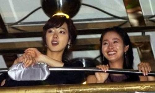 """Được mệnh danh là """"quốc bảo nhan sắc"""" nhưng Kim Tae Hee vẫn có những khoảnh khắc không muốn nhìn lại  - Ảnh 3."""