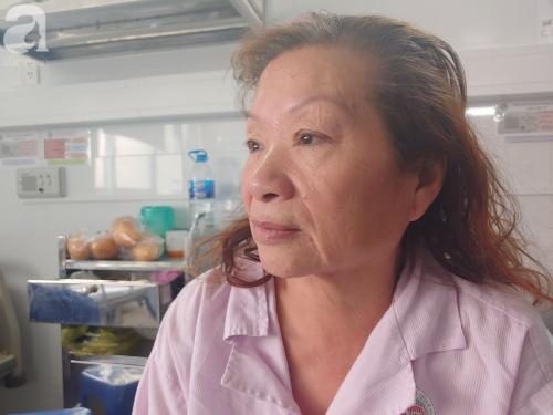 """Mẹ nhồi máu cơ tim nặng được người dưng đưa đi cấp cứu, con gái ruột nói """"nghèo quá, không lo được"""" rồi biệt tăm - Ảnh 7."""