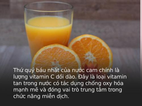 """""""Một cốc nước cam bằng một thang thuốc bổ"""" nhưng đừng dại uống vào 4 thời điểm này kẻo rước thêm bệnh - Ảnh 1."""