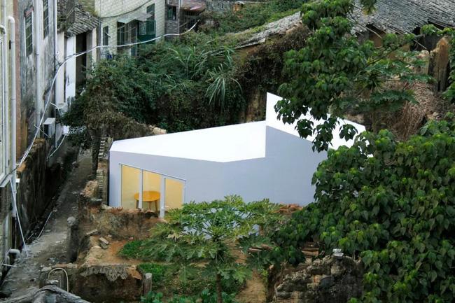 Chỉ với 50 triệu đồng và 2 tiếng thi công, người đàn ông đã hoàn thiện ngôi nhà xinh xắn ở trung tâm thành phố - Ảnh 2.
