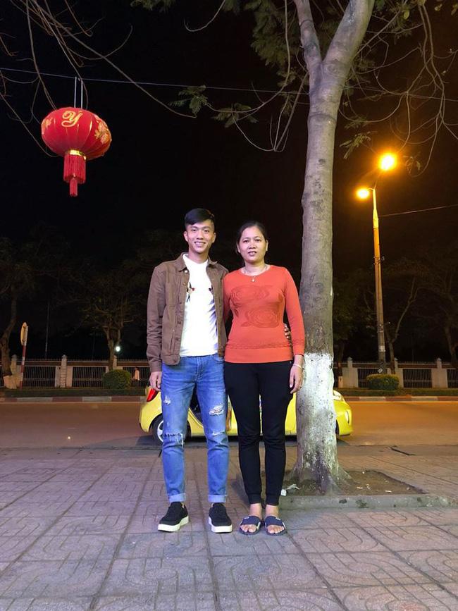 Tất tần tật về Văn Đức - người hùng thầm lặng của Việt Nam trong trận chung kết lượt đi AFF Cup 2018 - Ảnh 2.