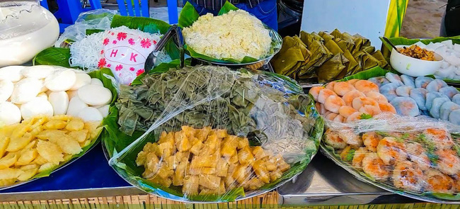 Người miền Tây rất chuộng nước cốt dừa, cứ nhìn những món bánh này là thấy