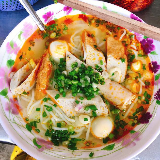 """Đảo tôm hùm Bình Ba và 4 món ăn cực nổi tiếng khiến du khách say mê quên """"lối về"""""""