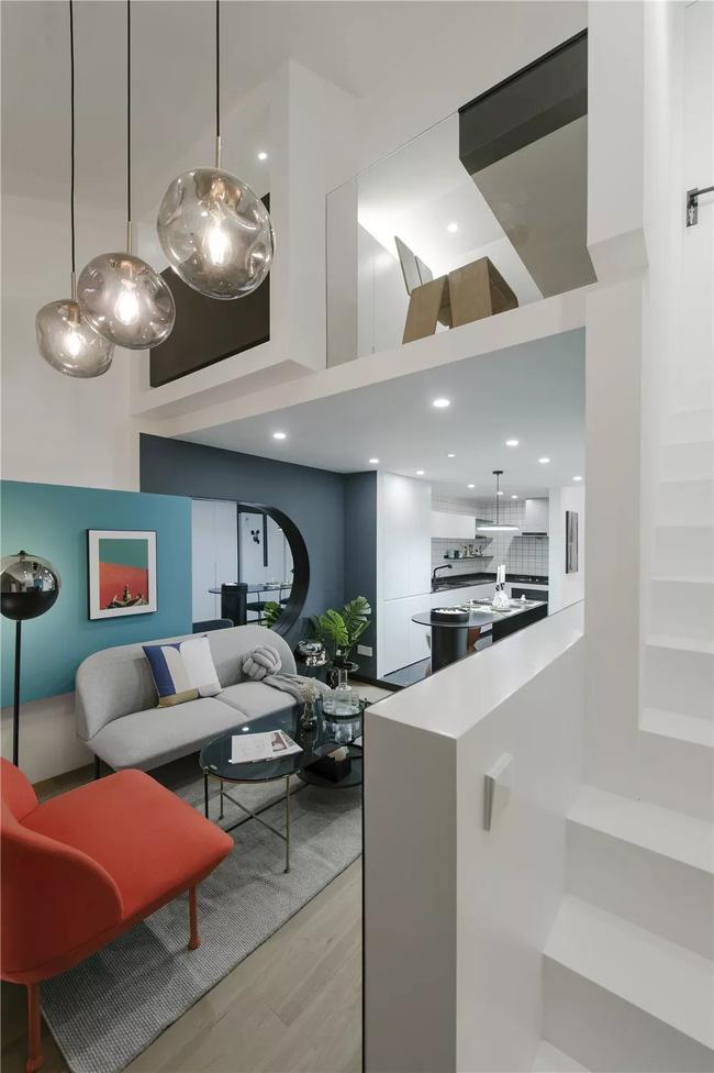 Ngôi nhà cổ 30m² trong ngõ nhỏ được bố và con trai yêu nghệ thuật tự tay thiết kế lại, hoàn hảo đến từng mét vuông - Ảnh 4.