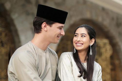 Bất ngờ với gu yêu của Hoàng gia Malaysia: Công chúa lấy con nhà bán hoa, nhận sính lễ hơn 1 triệu đồng nhưng vẫn hạnh phúc - Ảnh 6.