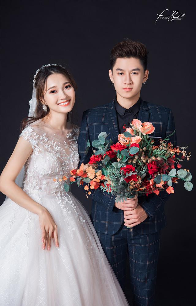 Nguyễn Ngọc Nữ - Top 10 Hoa Hậu Hoàn Vũ nổi bật cùng chiếc váy cưới nghìn đô - Ảnh 10.