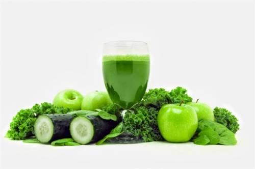Công thức 5 loại nước ép rau củ quả giảm cân đơn giản