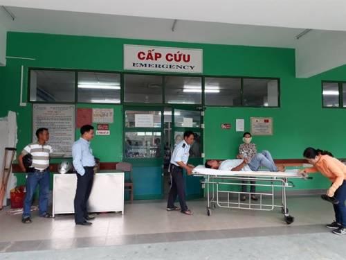 Nhân viên y tế Bệnh viện Đà Nẵng bị đấm vào mặt