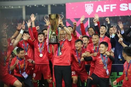 HLV Park Hang Seo và HLV Malaysia nói gì khi Việt Nam vô địch AFF Cup 2018?